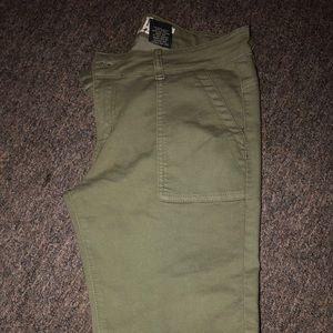Pants - Green cargo like Pants